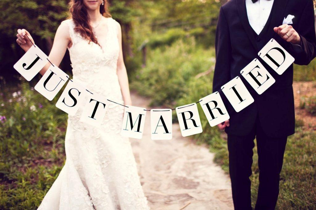 Thủ tục kết hôn khi định cư Canada diện vợ chồng